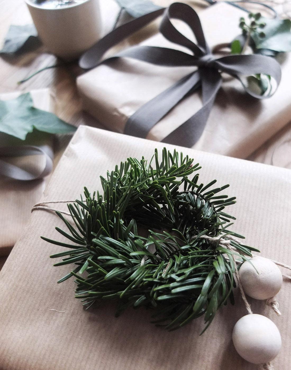 świąteczne dekoracje, prezenty